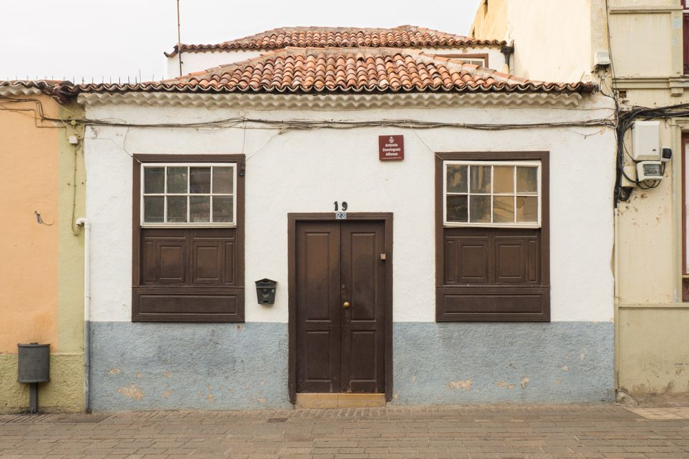 Calle Domínguez Alfonso, 23